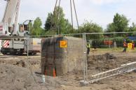 Przygotowanie terenu pod budowę II odcinka trasy - transport przedwojennego schronu - fot. UM Ruda Śląska